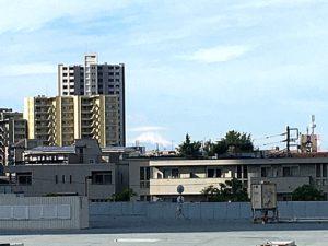 武蔵浦和駅からの富士山